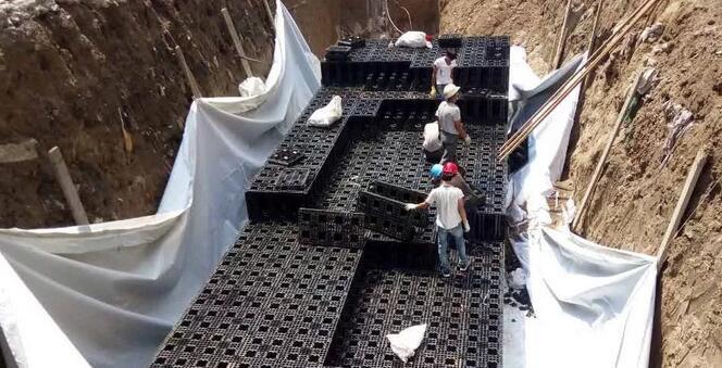 逸通海绵城市建设之雨水收集PP模块施工介绍